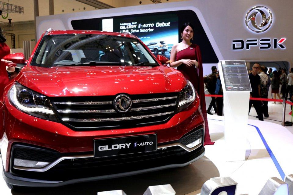 Ilustrasi mobil DFSK, Gaikindo Indonesia International Auto Show (GIIAS) 2019 di Gedung Nusantara 2, ICE BSD, Tanggerang, Banten (18/7/2019). DFSK meluncurkan versi Facelift dari Glory 580. Versi sebelumnya dari Glory 580 ini masuk ke Indonesia pada per