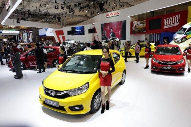 Mobil Hondra Brio di dalam pameran Gaikindo Indonesia International Auto Show (GIIAS) 2019 di Gedung Nusantara 2, ICE BSD, Tangerang, Banten (18/7/2019).Jonfis Fandy, Marketing and After Sales Service Director PT Honda Prospect Motor (HPM) mengatakan,