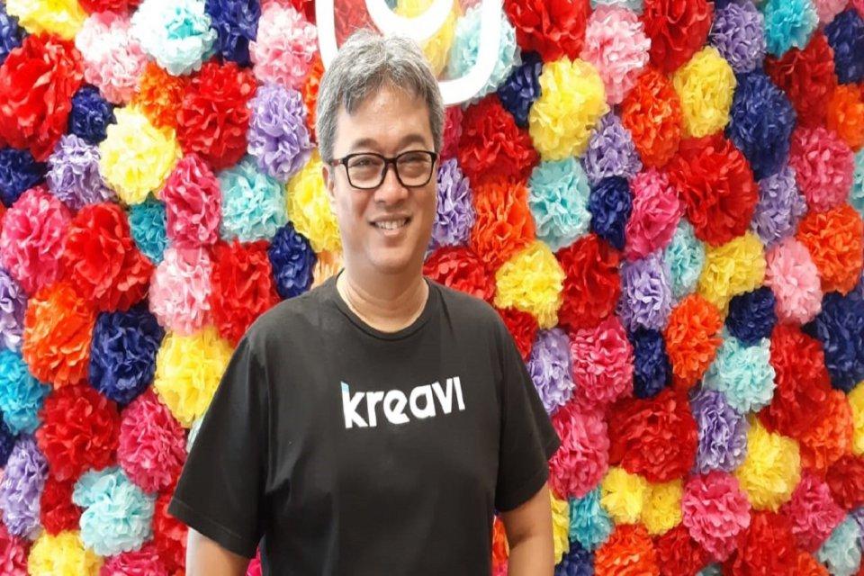 Chief Executive Officer Kreavi Anto Motulzsaat ditemui di acara peluncuran Akademi Instagram di Ruang Komunal Facebook di Jakarta, Jumat (19/7).