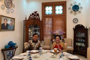Makan siang bersama Megawati dan Prabowo
