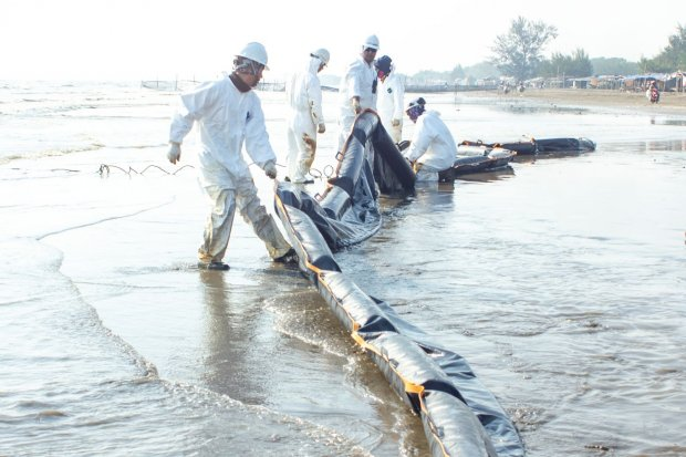 Blok ONWJ, tumpahan minyak karawang, tumpahan minyak blok onwj, pertamina