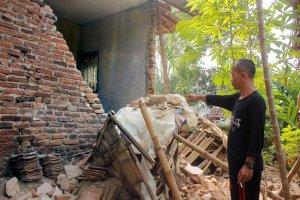 Rumah Rusak Akibat Gempa Banten