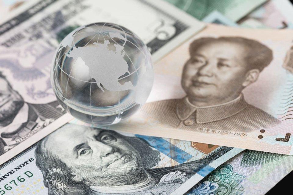 Telaah - Efek Perang Dagang terhadap Ekonomi Dunia