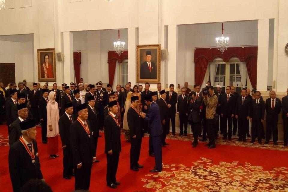 Hadi Poernomo, Bintang Mahaputera, Jokowi