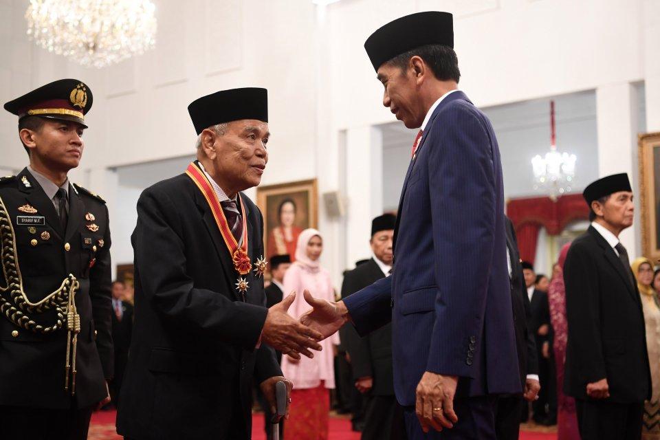 Jokowi, Bintang Mahaputra, Bintang Jasa