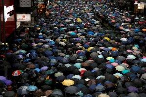 Pengunjuk Rasa menolak RUU Ekstradisi di Hong Kong