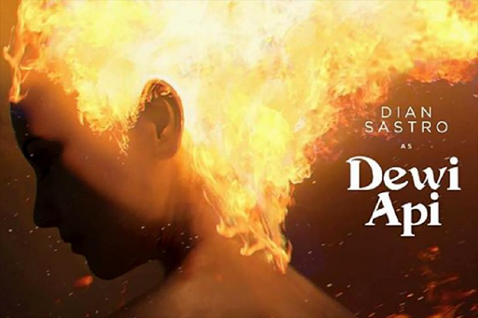 Pengenalan karakter Dian Sastrowardoyo sebagai Dewi Api di Jagat SInema Bumilangit, Minggu (18/8).