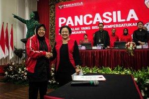 Risma Jadi Ketua Bidang Kebudayaan PDIP