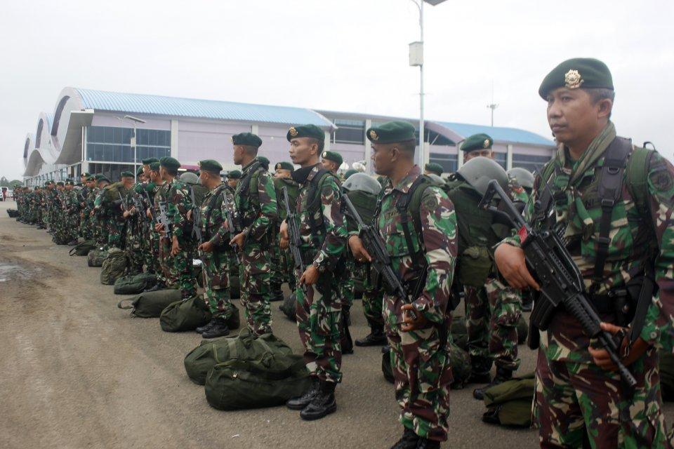 Papua, kerusuhan, Brimob di Papua