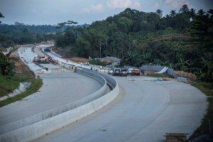 Jalan Tol Balikpapan-Samarinda