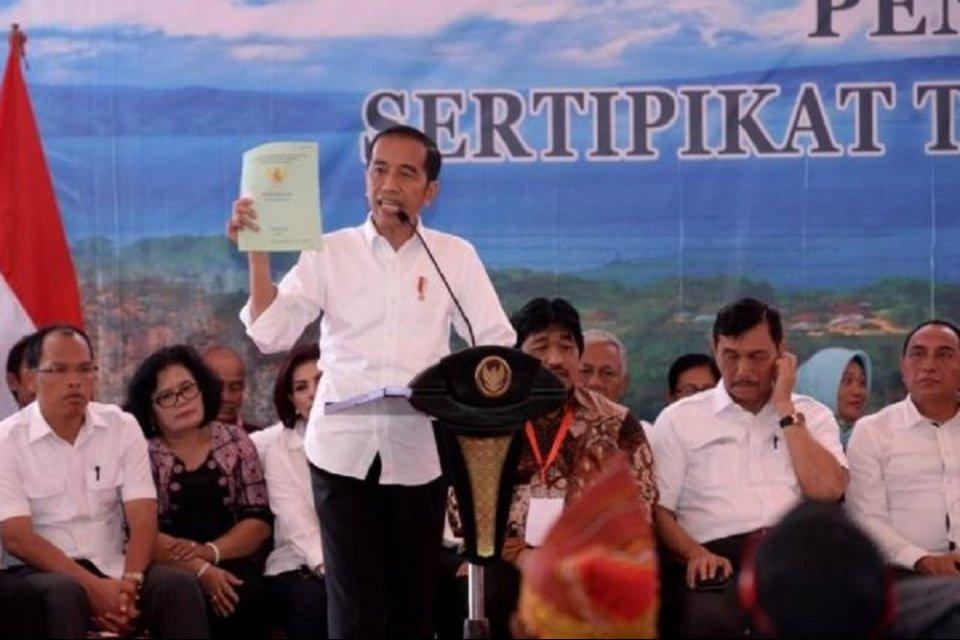 jokowi sebut butuh 160 tahun untuk membagikan sertifikat tanah pakai cara lama