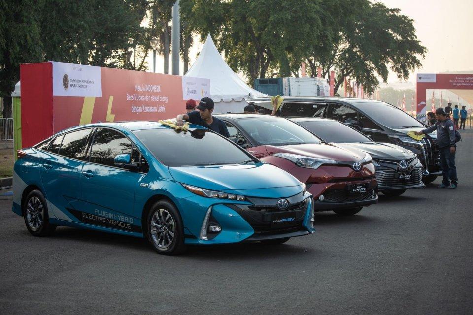 mobil listrik, kendaraan listrik, mobil dinas pemerintah