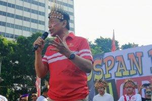Wiranto saat memberikan sambutannya pada acara musik dan tari