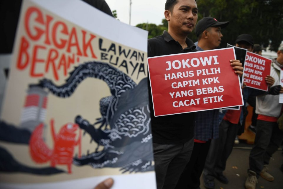 Sejumlah pegiat menggelar aksi selamatkan KPK di Jakarta, Kamis (5/9/2019). Dalam aksinya mereka menuntut dicoretnya capim KPK yang memiliki cacat etik.
