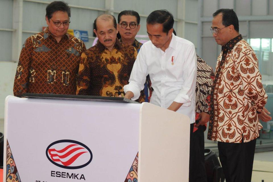Esemka, Jokowi resmikan Esemka, mobil nasional