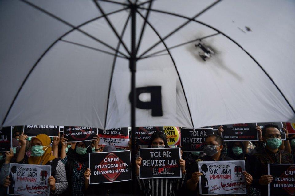 Seleksi Pimpinan KPK, Revisi UU KPK, unjuk rasa KPK, demo KPK