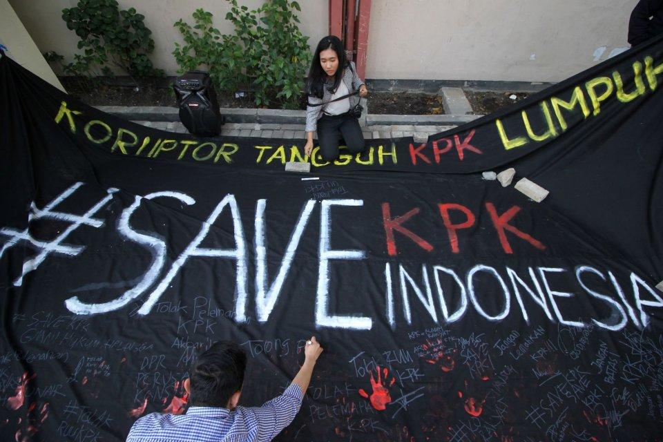 Jokowi, KPK, revisi UU KPK