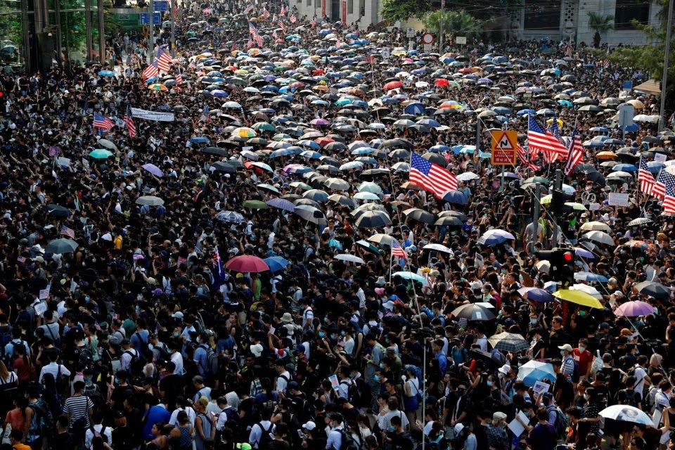 cadangan devisa, demonstrasi Hong Kong, ekonomi Hong Kong, penarikan dana asing, dampak demonstrasi Hong Kong, Tiongkok,