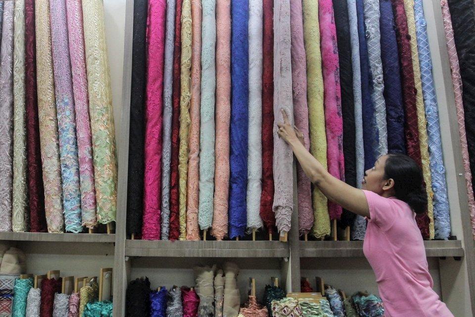 Pabrik China Mulai Normal, Pengusaha Tekstil Khawatir RI Banjir Impor.
