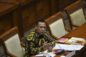 Calon pimpinan Komisi Pemberantasan Korupsi (KPK) Firli Bahuri menjalani uji kepatutan dan kelayakan di ruang rapat Komisi III DPR, Senayan, Jakarta,