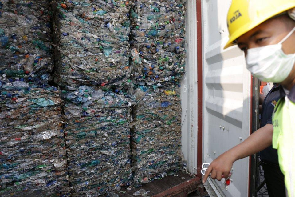 reekspor sampah, impor sampah, bea cukai, kementerian keuangan,