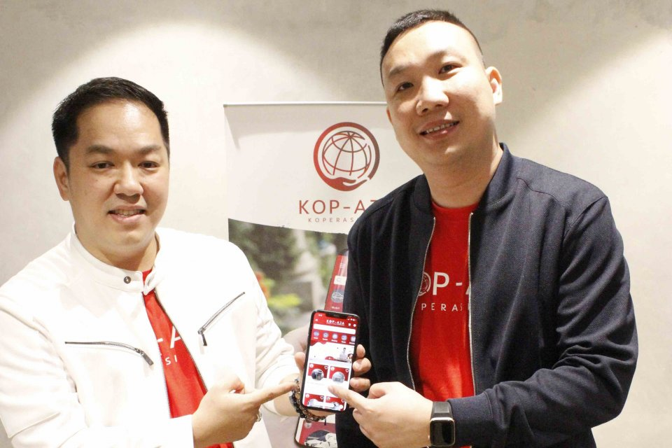 Koperasi Kredit Union Indonesia meluncurkan aplikasi Koperasi Aja, yang disingkat Kop-Aja. Perusahaan mengklaim, Kop-Aja merupakan platform digital keuangan koperasi pertama di Indonesia.