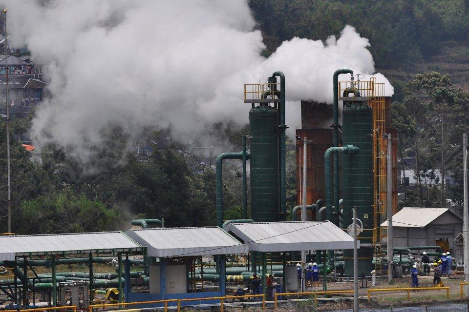 Ilustrasi, instalasi sumur panas bumi. Pertamina menargetkan kapasitas terpasang panas bumi naik dua kali lipat menjadi 1.112 megawatt (MW).