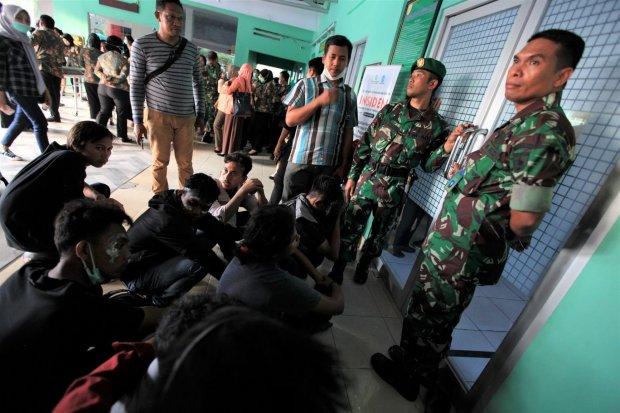 kapolri copot kapolda, dua mahasiswa kendari meninggal, tito karnavian