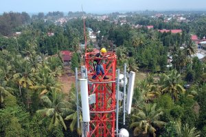 Menara Telekomunikasi PT Tower Bersama Infrastructure Tbk