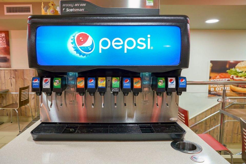 Pepsi, Coca-Cola, KFC