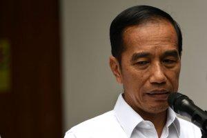 Presiden Jokowi Pastikan Kondisi Wiranto Stabil