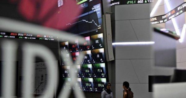 KICI Usai Pemilu, Kepercayaan Investor Merosot Akibat Lesunya Ekonomi Dunia | Katadata News