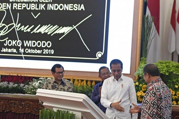 Palapa Ring, Indonesia timur, Pariwisata, logistik