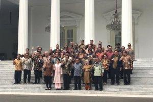 Perpisahan Para Menteri dan Presiden Jokowi