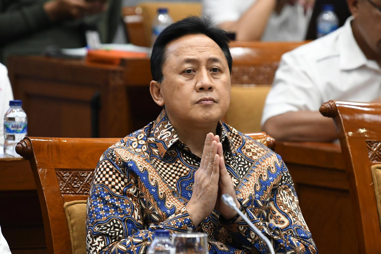 komisaris utama garuda indonesia, triawan munaf, rupslb garuda, garuda indonesia