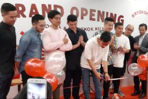 Startup kuliner Goola dan Mangkok Ku berkolaborasi meluncurkan flagship store perdana mereka di Kota Kasablanka, Jakarta.