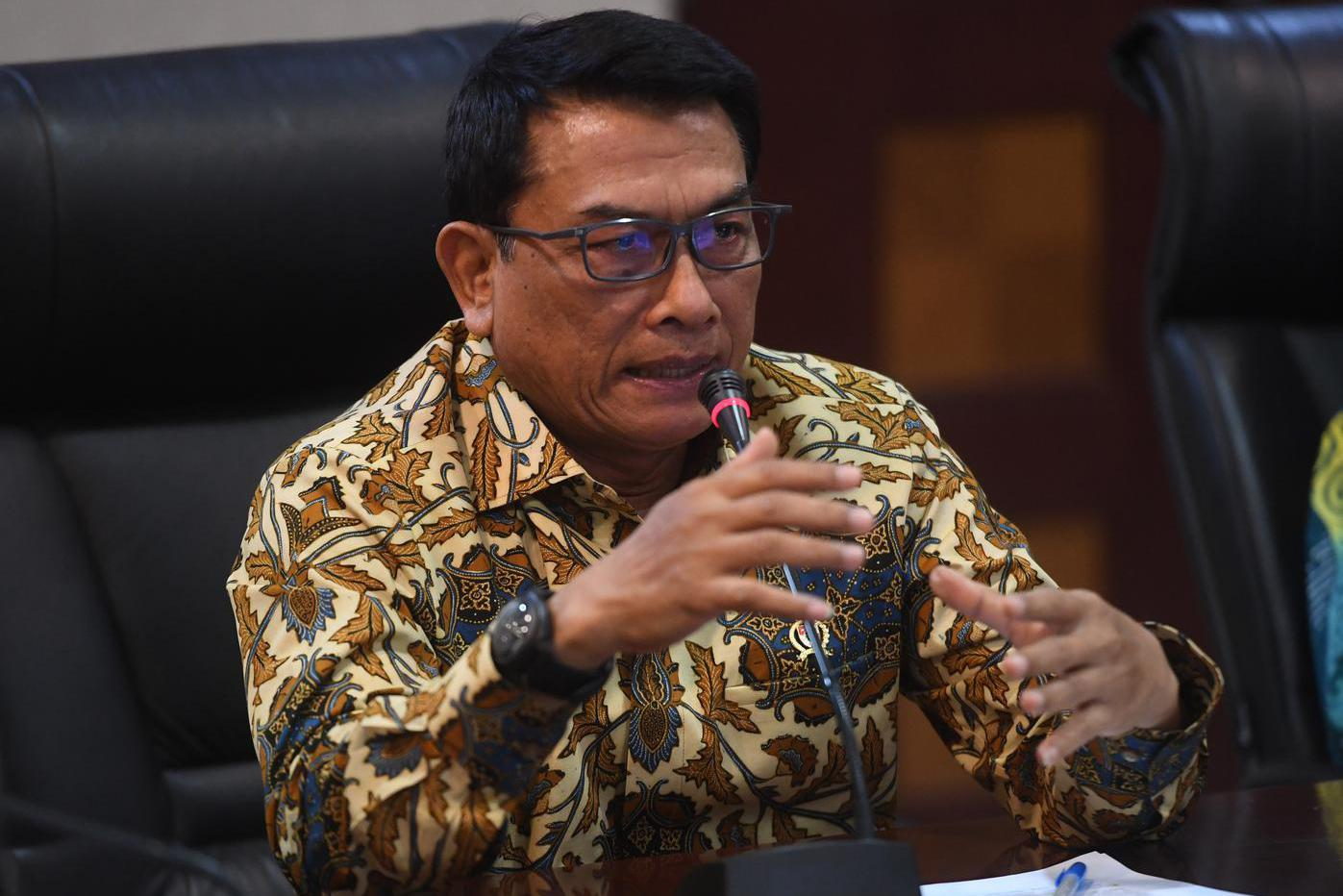 Kepala Staf Presiden Moeldoko memberikan keterangan terkait capaian kinerja pemerintahan Jokowi-JK di Jakarta, Jumat (18/10/2019). Moeldoko menyatakan pemerintahan Jokowi-JK telah berhasil melaksanakan pembangunan menyeluruh di Indonesia seperti Tol Trans