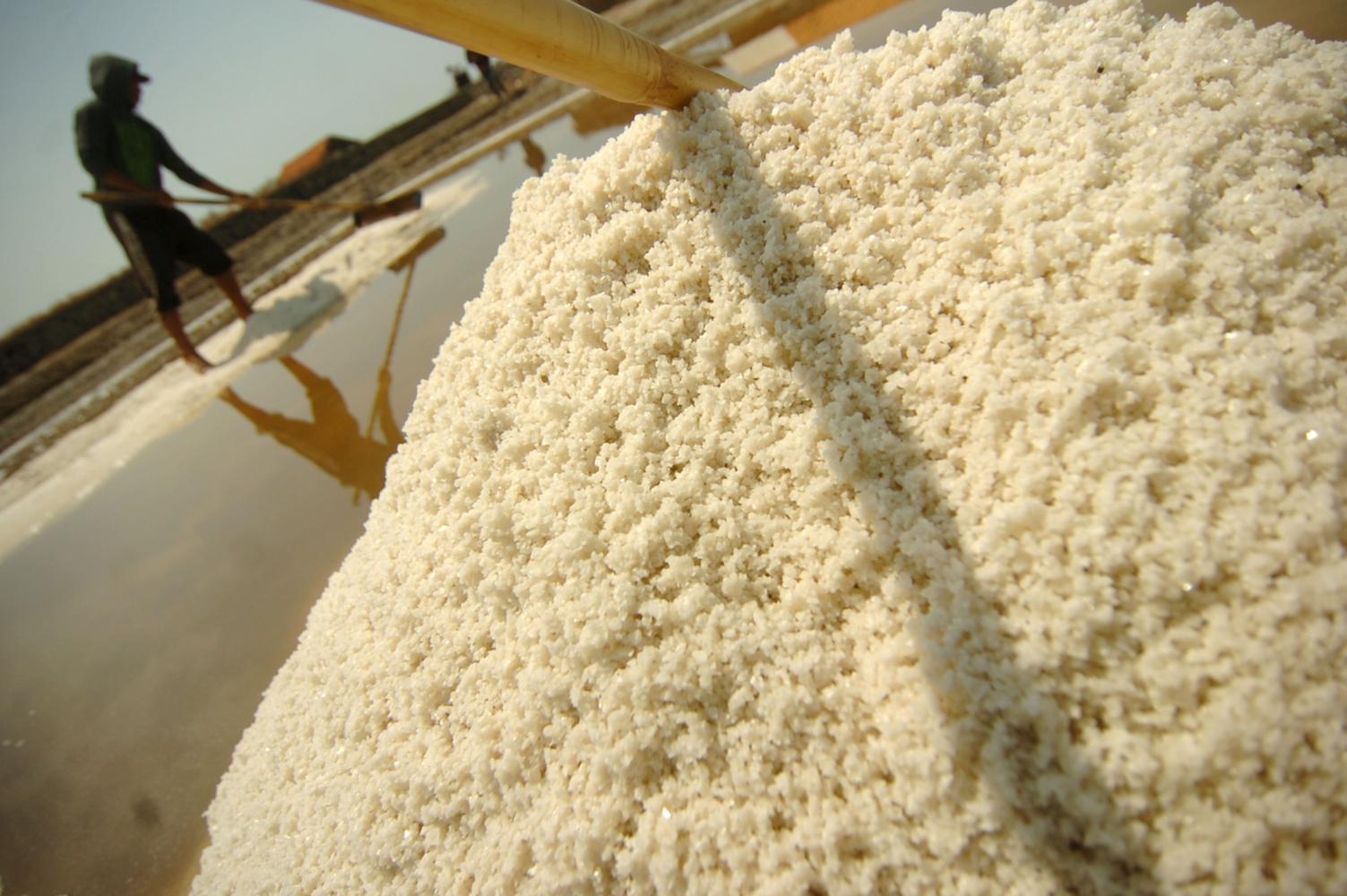 Hingga Oktober, pemerintah telah mengimpor 2,26 juta ton garam untuk memenuhi kebutuhan industri.