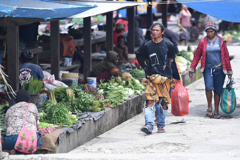Ilustrasi, aktivitas ekonomi di daerah. Himpunan Pengusaha Pribumi Indonesia (HIPPI) mengusulkan pembentukan komite percepatan pemulihan ekonomi daerah karena setiap daerah memiliki tantangan yang berbeda menghadapi pandemi corona.