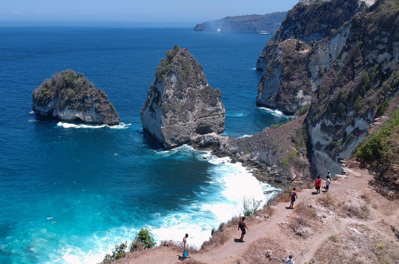 Potensi Wisata Pantai Diamond
