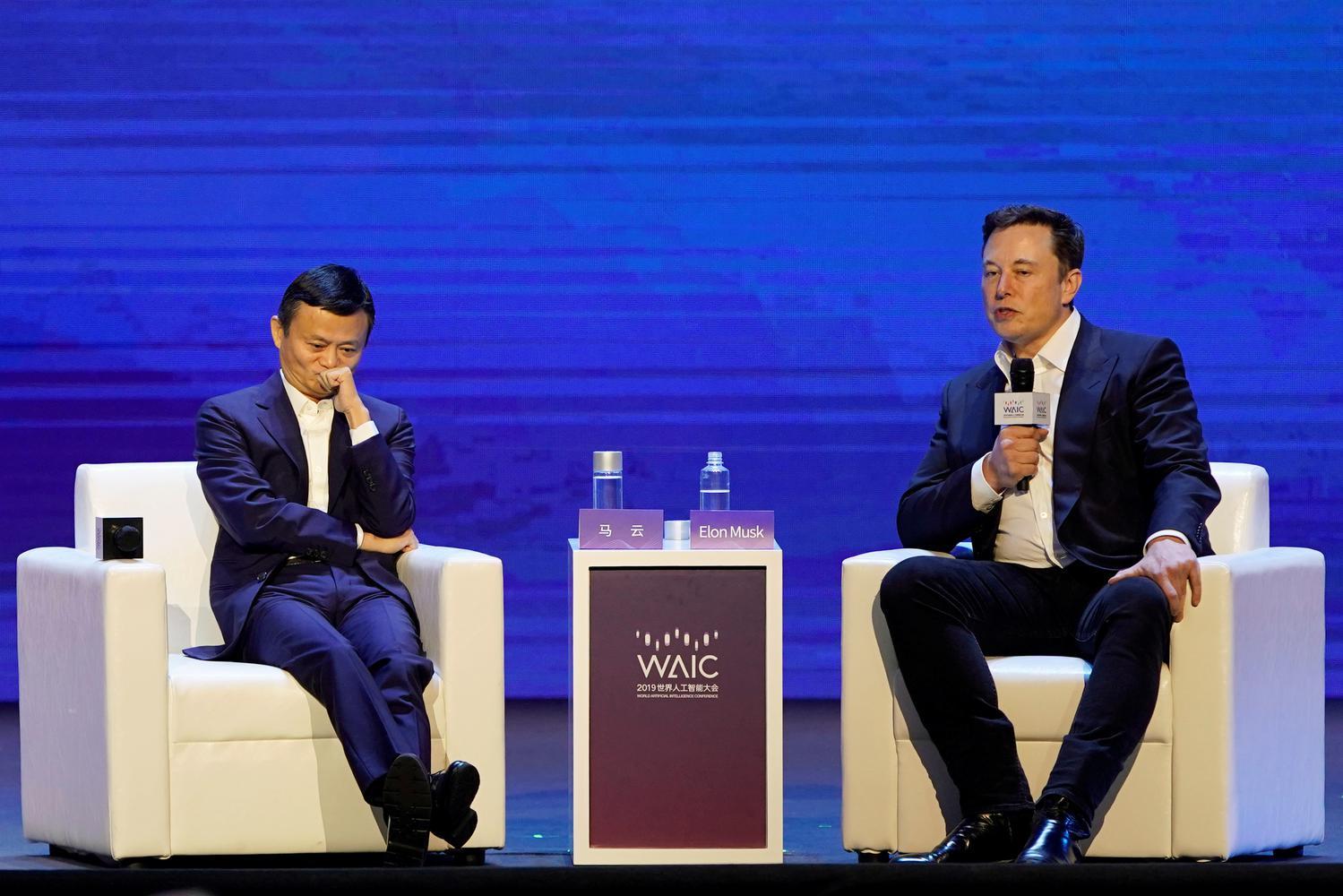 Elon Musk Potong Gaji Karyawan Tesla 30% Akibat Pandemi Corona