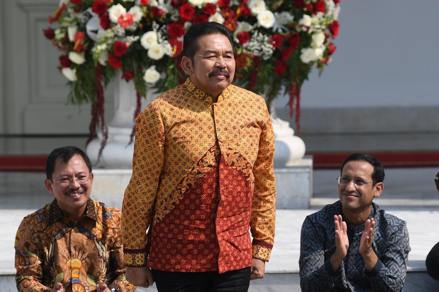 ST Burhanuddin, jaksa agung