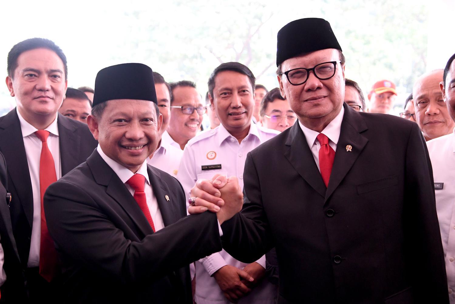 peraturan tumpang tindih, Tito Karnavian, Mendagri, Jokowi