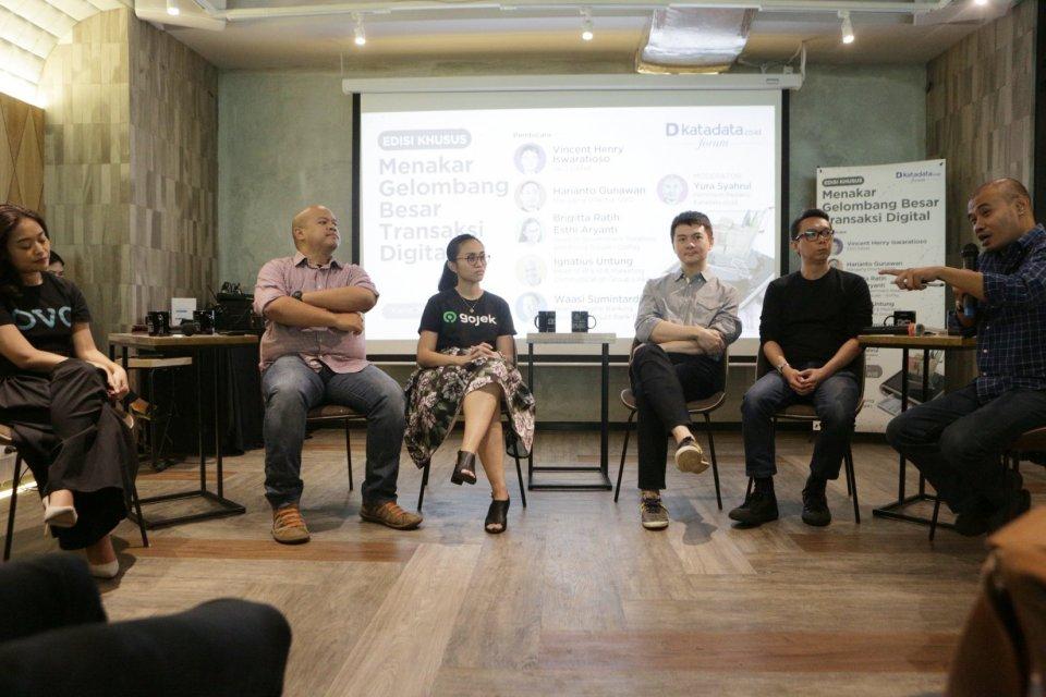 Katadata Forum mengadakan diskusi dengan tema