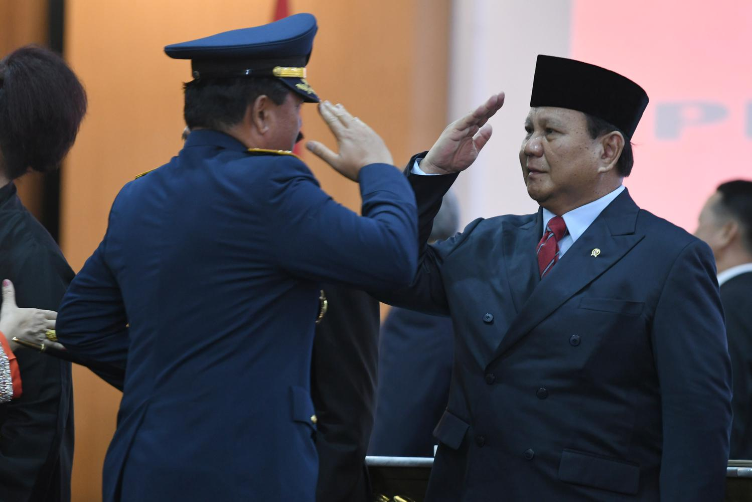 Prabowo, Mahfud, hak veto menko