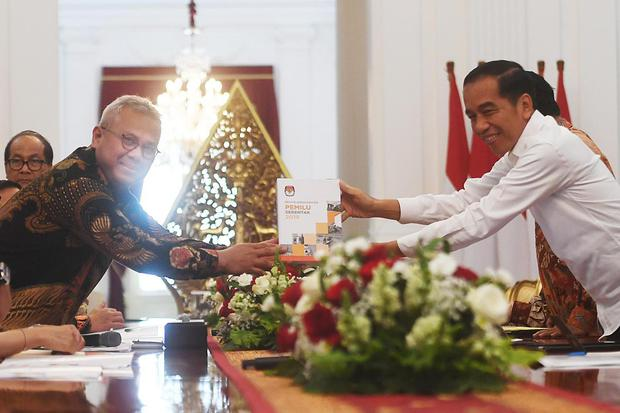 KPU, Jokowi, Koruptor dilarang ikut pilkada