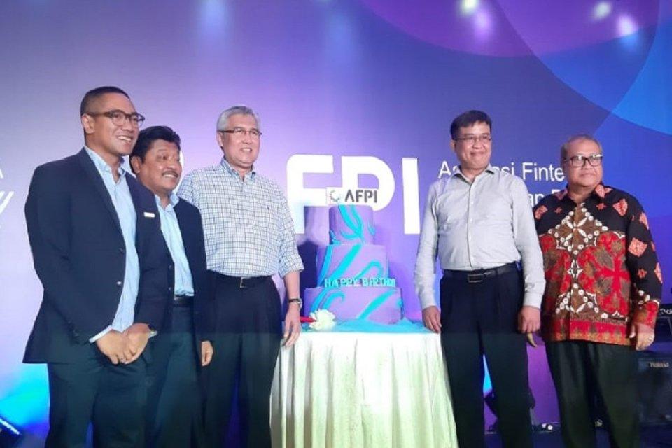 Asosiasi Optimistis Fintech Salurkan Pinjaman Rp 150 Triliun Di