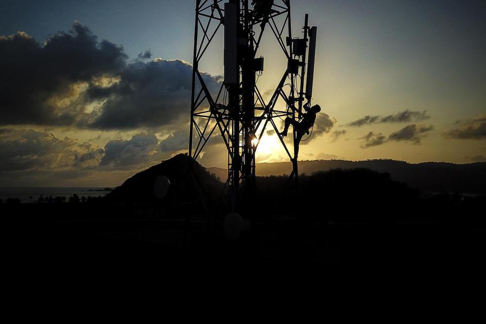 Kementerian Kominfo Minta Pemda Mudahkan Operator Bangun Fiber Optik Tahun Depan