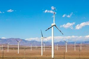 Pembangkit listrik tenaga angin di Dabancheng, Xinjiang