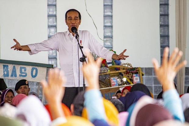 Presiden Joko Widodo (Jokowi) meminta para menteri dan kepala lembaga mempercepat penyerapan anggaran, khususnya belanja modal pada awal 2020